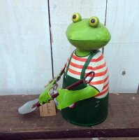 Zaunhocker Frosch mit Schaufel